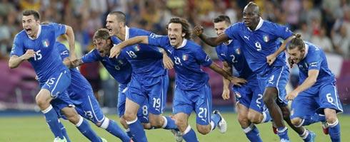 Italy-England-celeb490ai