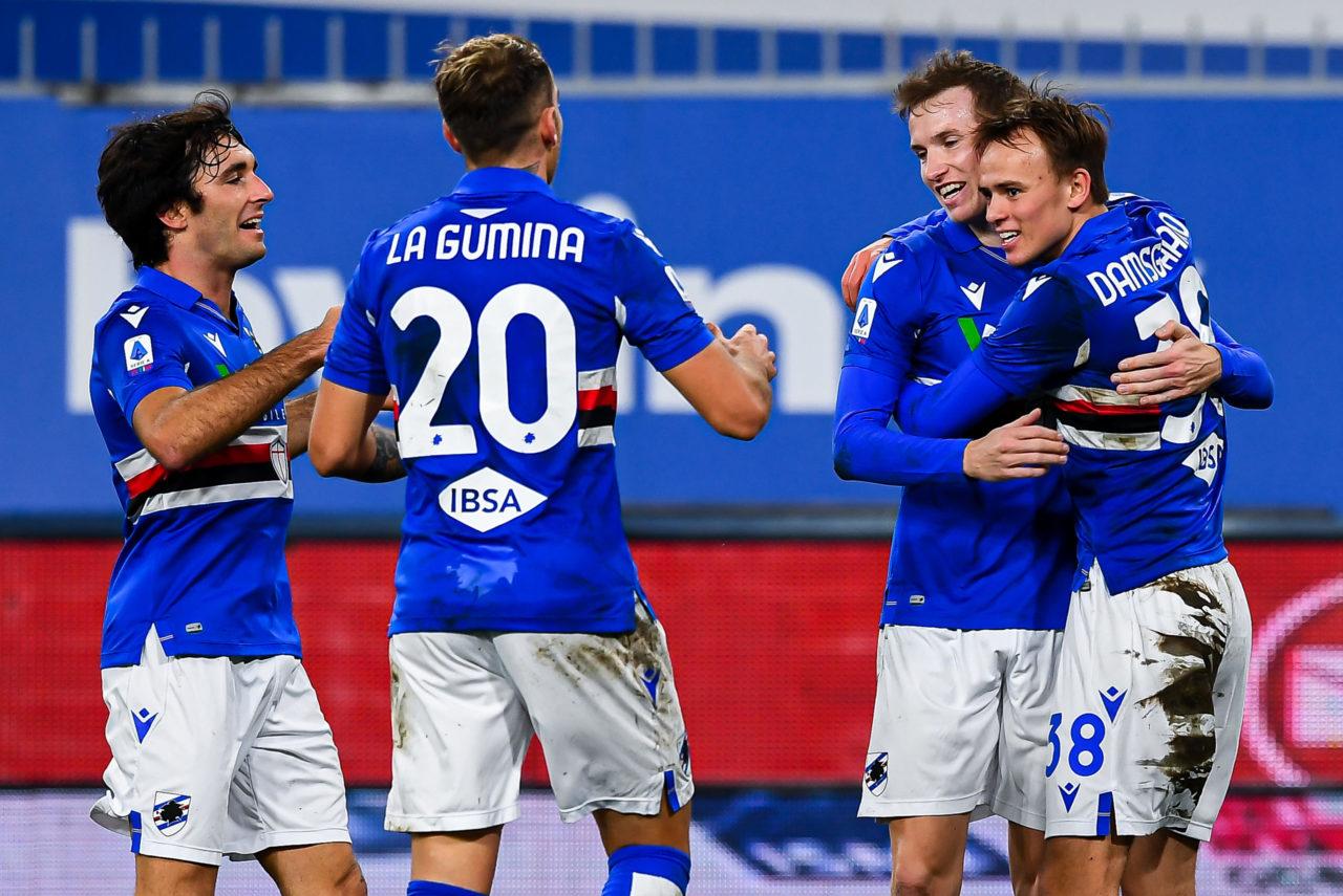 Mikkel Damsgaard celebrates with his Sampdoria teammates