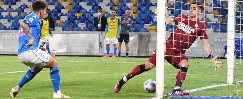 DiLorenzo-2105-Udinese-Musso-epa