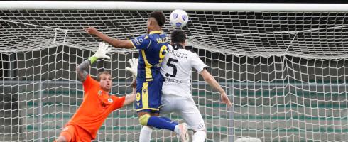 Salcedo-2105-Verona-Spezia-goal-epa