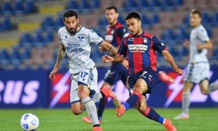 Crotone 2-1 Verona: Squali no longer bottom