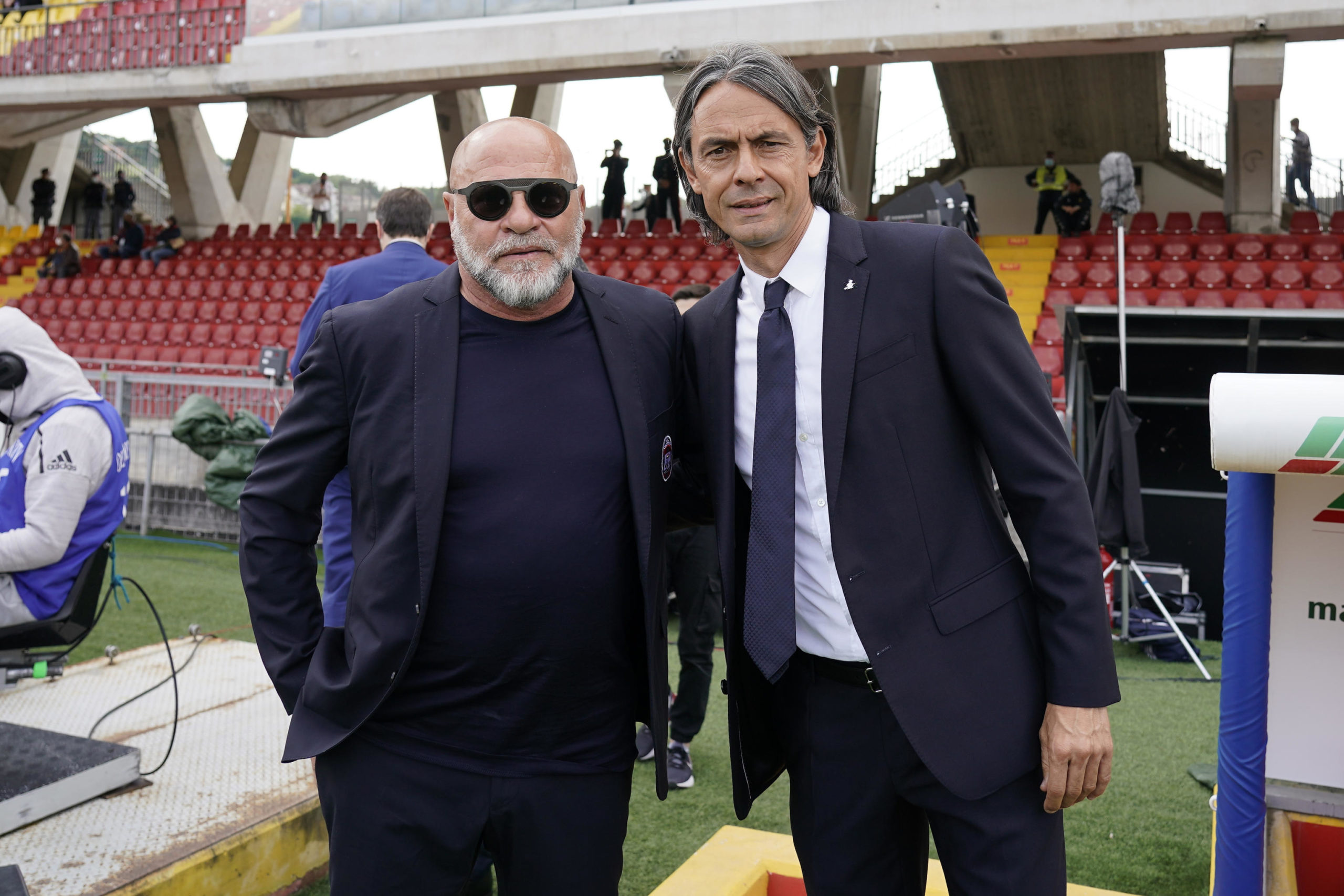 Crotone coach Serse Cosmi and Benevento counterpart Pippo Inzaghi