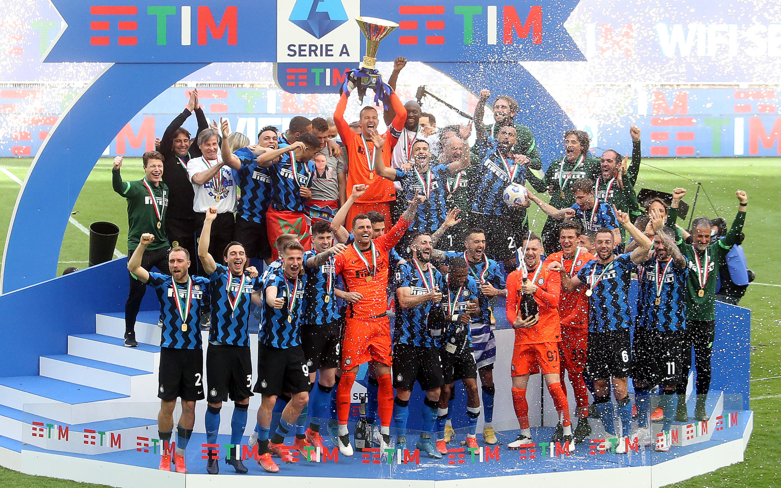 Inter celebrating winning their first Scudetto in 11 years