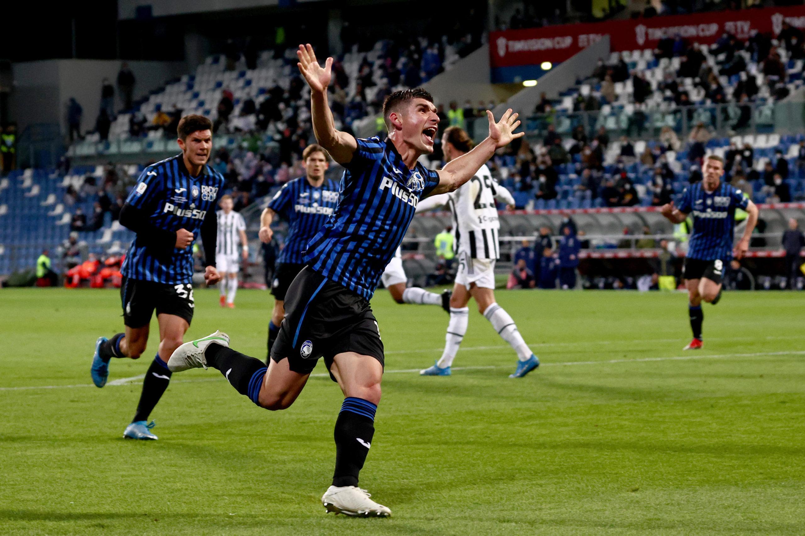 Ruslan Malinovskiy celebrates scoring for Atalanta against Juventus in the Coppa Italia Final