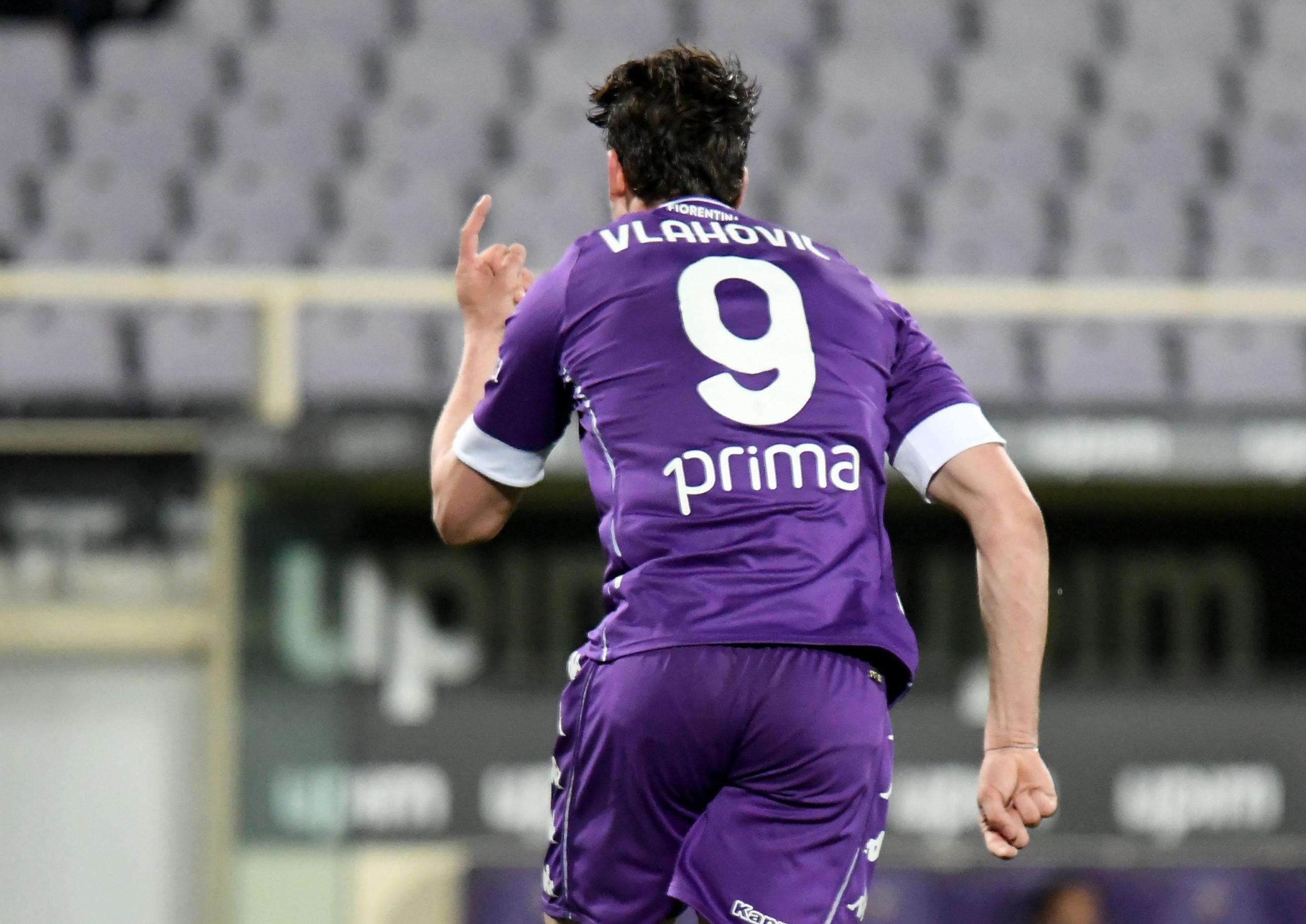Fiorentina's Dusan Vlahovic celebrates