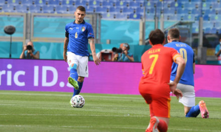 Italy release Wales 'taking the knee' statement