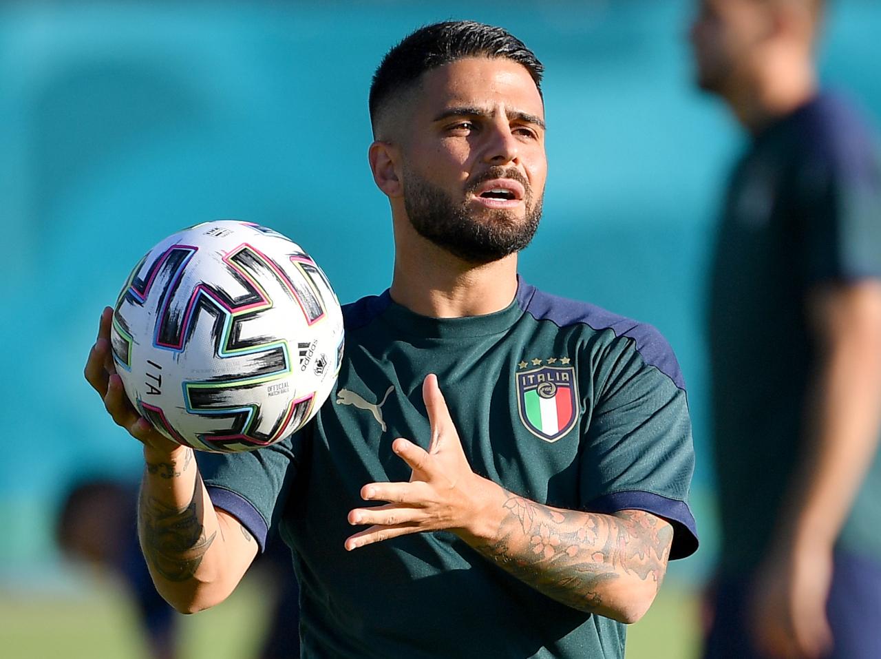Lorenzo Insigne on Italy training