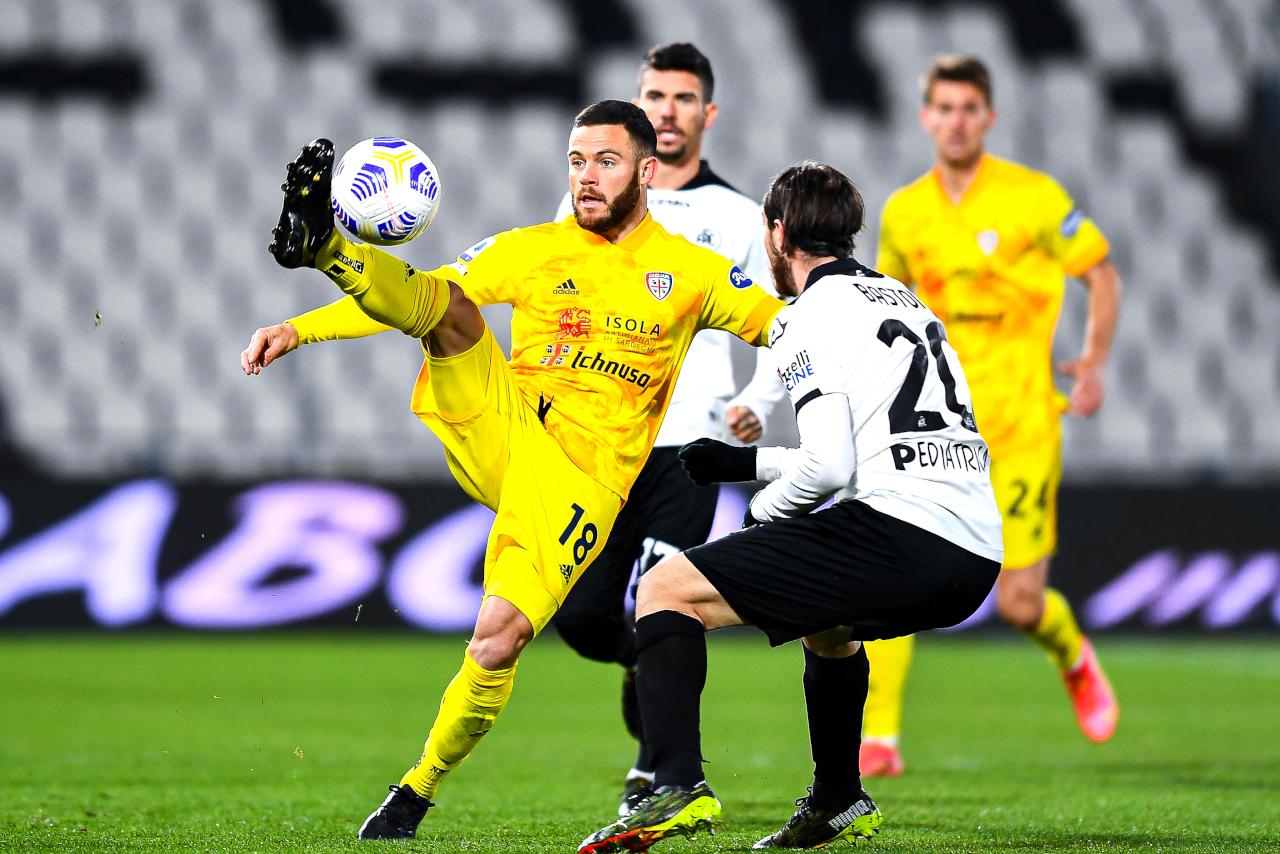 Cagliari midfielder Nahitan Nandez against Spezia