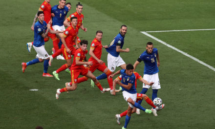 Italy 1-0 Wales: Pessina completes perfect group