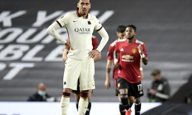 Everton reportedly target Smalling