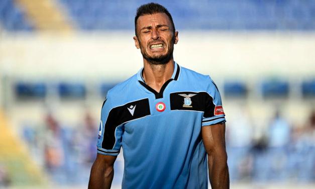 Radu snubs Inter to extend with Lazio