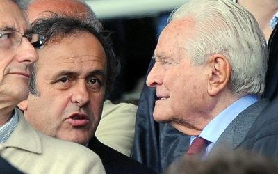 Italy wear black armbands for Boniperti