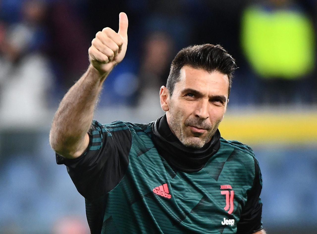 Buffon thumbs up