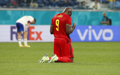 Chelsea must pay €130m cash for Lukaku