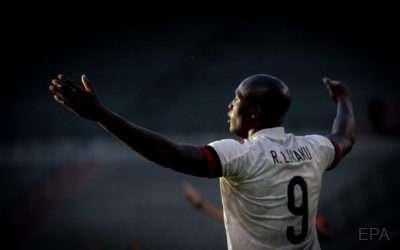 'Last moment in the pool' Inter striker Lukaku announces return to Milan