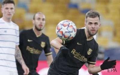 Juventus consider Pjanic loan deal