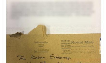 Aficionado de Inglaterra envía carta a la embajada italiana llena de palabrotas