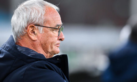 Video: Klopp greets Ranieri with incredible respect