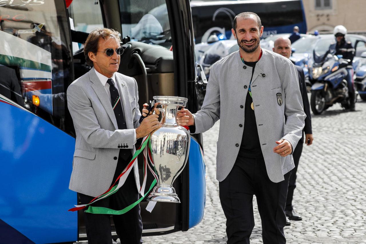 Roberto Mancini and Giorgio Chiellini
