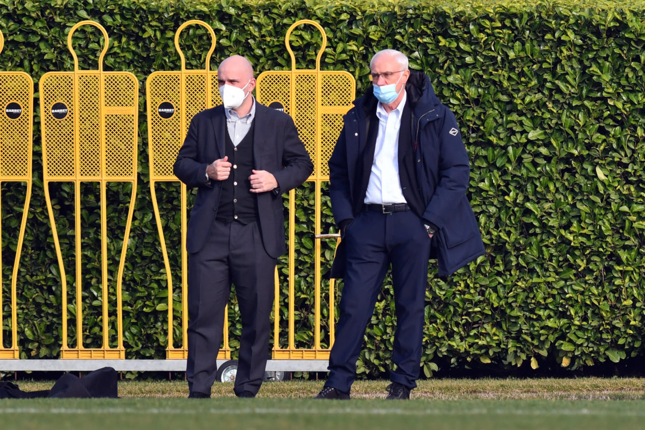 epa09031526 Atalanta's CEO Luca Percassi (L) and president Antonio Percassi during a training session at Centro Sportivo Bortolotti in Zingonia, Bergamo, Italy, 23 February 2021. Atalanta will face Real Madrid in their UEFA Champions League round of 16 first leg soccer match on 24 February 2021. EPA-EFE/PAOLO MAGNI