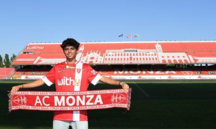 Official: Monza beat top clubs to Vignato