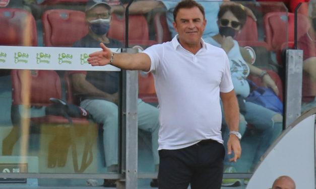 Official: Cagliari sack Semplici