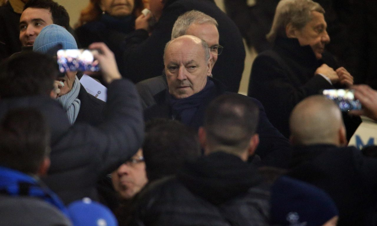 epa07233842 Inter's Ceo Giuseppe Marotta (c) attends the Italian Serie A soccer match between FC Inter and Udinese Calcio at 'Giuseppe Meazza' stadium in Milan, Italy, 15 December 2018. EPA-EFE/MATTEO BAZZI
