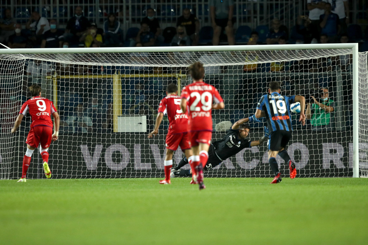 Dusan Vlahovic penalty