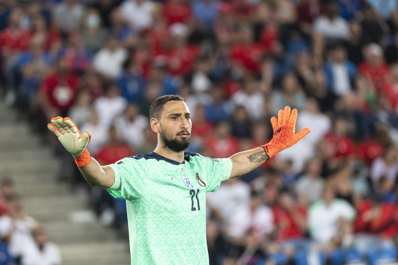 epa09450400 Italy's goalkeeper Gianluigi Donnarumma gestures during the 2022 FIFA World Cup European Qualifying Group C soccer match between Switzerland and Italy in the St. Jakob-Park stadium in Basel, Switzerland, 05 September 2021. EPA-EFE/JEAN-CHRISTOPHE BOTT