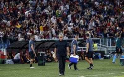 Mourinho refuses to discuss Roma transfers amid Dalot rumours