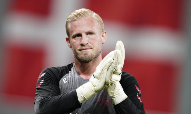 Schmeichel: 'Leicester City ready for Napoli'
