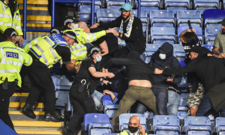 Video: Clashes between Napoli and Leicester City fans