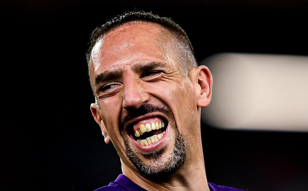 epa07811424 Fiorentina's Franck Ribery before the Italian Serie A soccer match between Genoa CFC and ACF Fiorentina at Luigi Ferraris Stadium in Genoa, Italy, 01 September 2019. EPA-EFE/SIMONE ARVEDA
