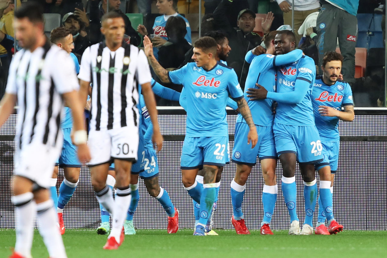 epa09478443 Napoli?s Kalidou Koulibaly (2-R) celebrates with teammates after scoring the 0-3 goal in the Italian Serie A soccer match between Udinese Calcio and SSC Napoli at the Friuli-Dacia Arena stadium in Udine, Italy, 20 September 2021. EPA-EFE/GABRIELE MENIS