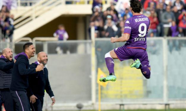 Serie A | Fiorentina 3-0 Cagliari: joya y polémica de Vlahovic