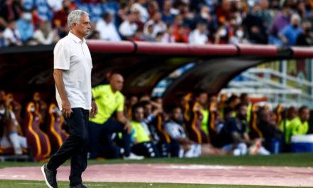 Vídeo: la reacción de 'enfado' de Mourinho ante el triunfo de la Roma