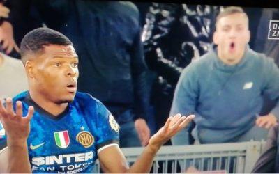 Video: Dumfries racially abused by Lazio fan