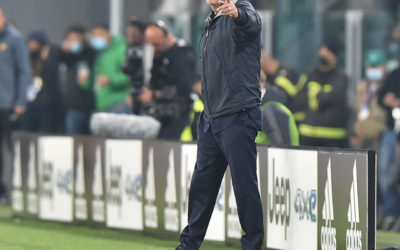 He did it again: Mourinho showed three fingers to Juventus fans